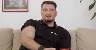 At 4.3 Kilos This German Has The Biggest Member In The World!